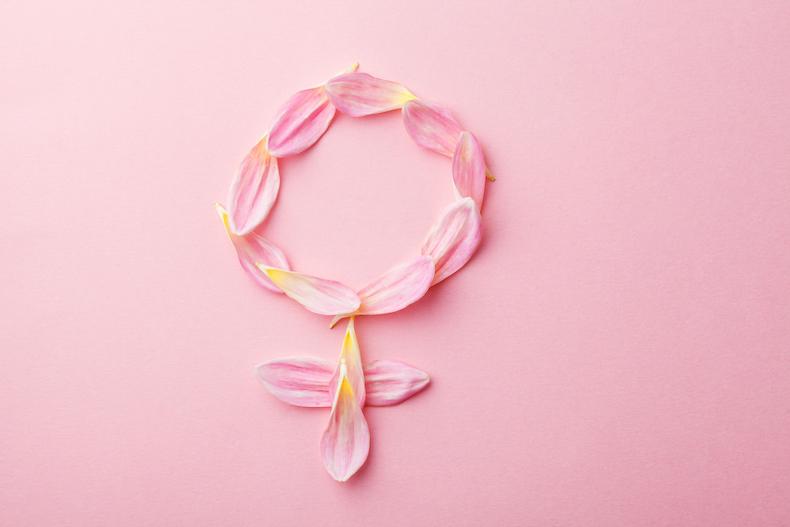 ピンクのお花と壁紙