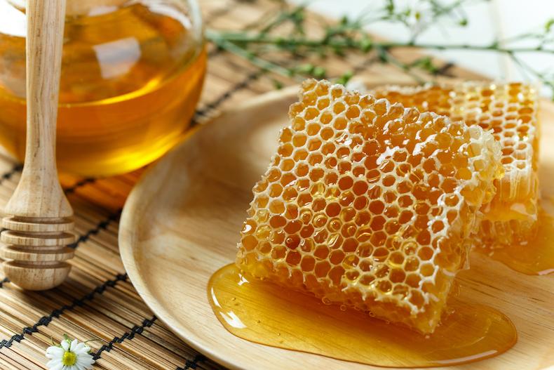 フレッシュなハチミツの写真